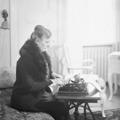 Author Ester Ståhlberg <em>Pietinen, Helsinki 1931. National Board of Antiquities, Historical Picture Collection</em>