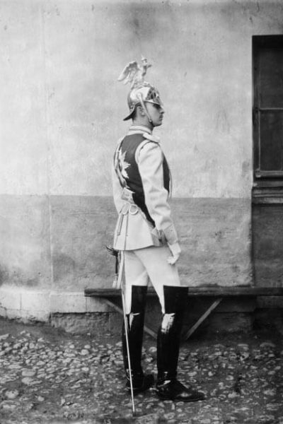 Carl Gustaf Mannerheim as a member of the Chevalier Guard in 1891. <em>A. Pasetti, Saint Petersburg 1891. National Board of Antiquities, Historical Picture Collection</em>