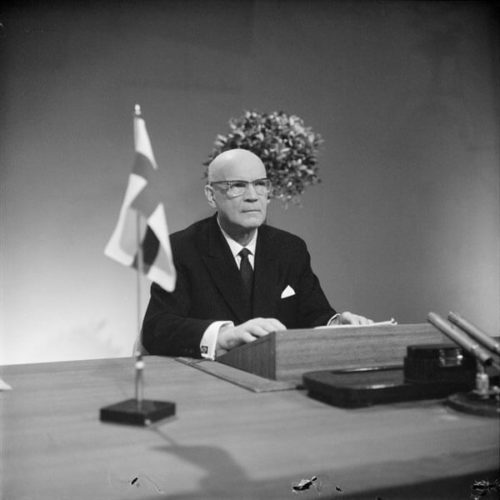 Having been a selected for a second term, President Urho Kekkonen delivers a radio and television speech. <em>Urpo Rouhiainen, Helsinki 15 February 1962. Finnish Museum of Photography/Alma Media/Uusi Suomi Collection</em>