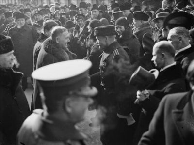 Relander at the Central Railway Station leaving Helsinki after the end of his presidential term with President Svinhufvud on the left. <em>Pietinen, 1931. National Board of Antiquities, Historical Picture Collection</em>
