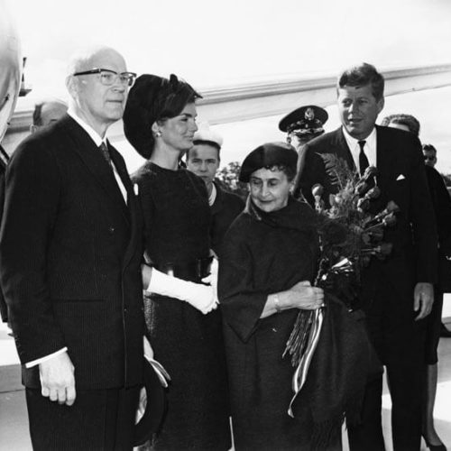 President Kekkonen on a state visit to the USA in autumn 1961 with President John F. Kennedy, Sylvi Kekkonen and Jacqueline Kennedy. <em>National Board of Antiquities, Historical Picture Collection</em>